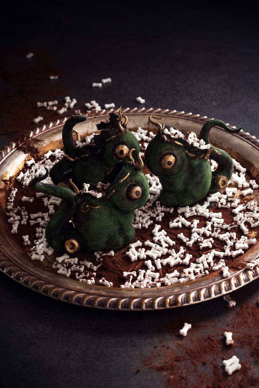 Monstre frankeinsteenesque dhalloween - studio de creation - Qui a vole les tartes