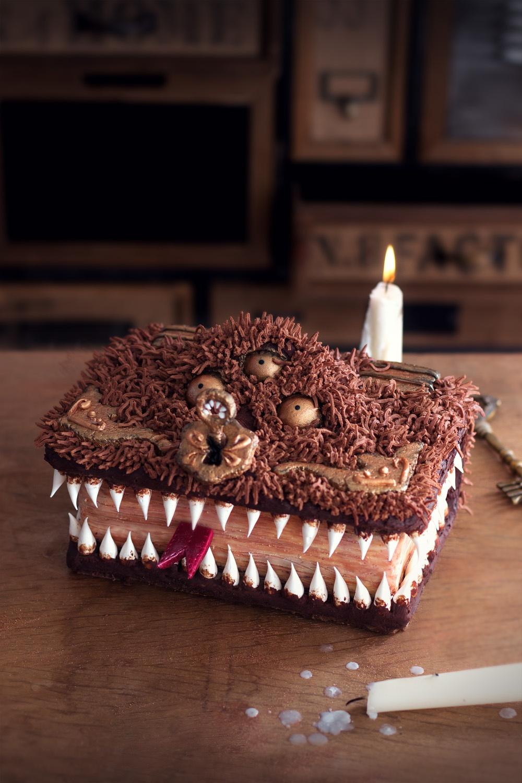 The book of the monsters - studio de creation - Qui a vole les tartes