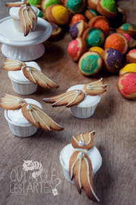 Eclats d'arc en ciel & météliores Madeleines & cupcakes au fluff sans gluten ©Photographie et stylisme culinaire Qui a volé les tartes ?