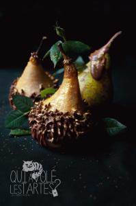 Poires Belle-Hélène revisitées ©Photographie et stylisme culinaire Qui a volé les tartes ?