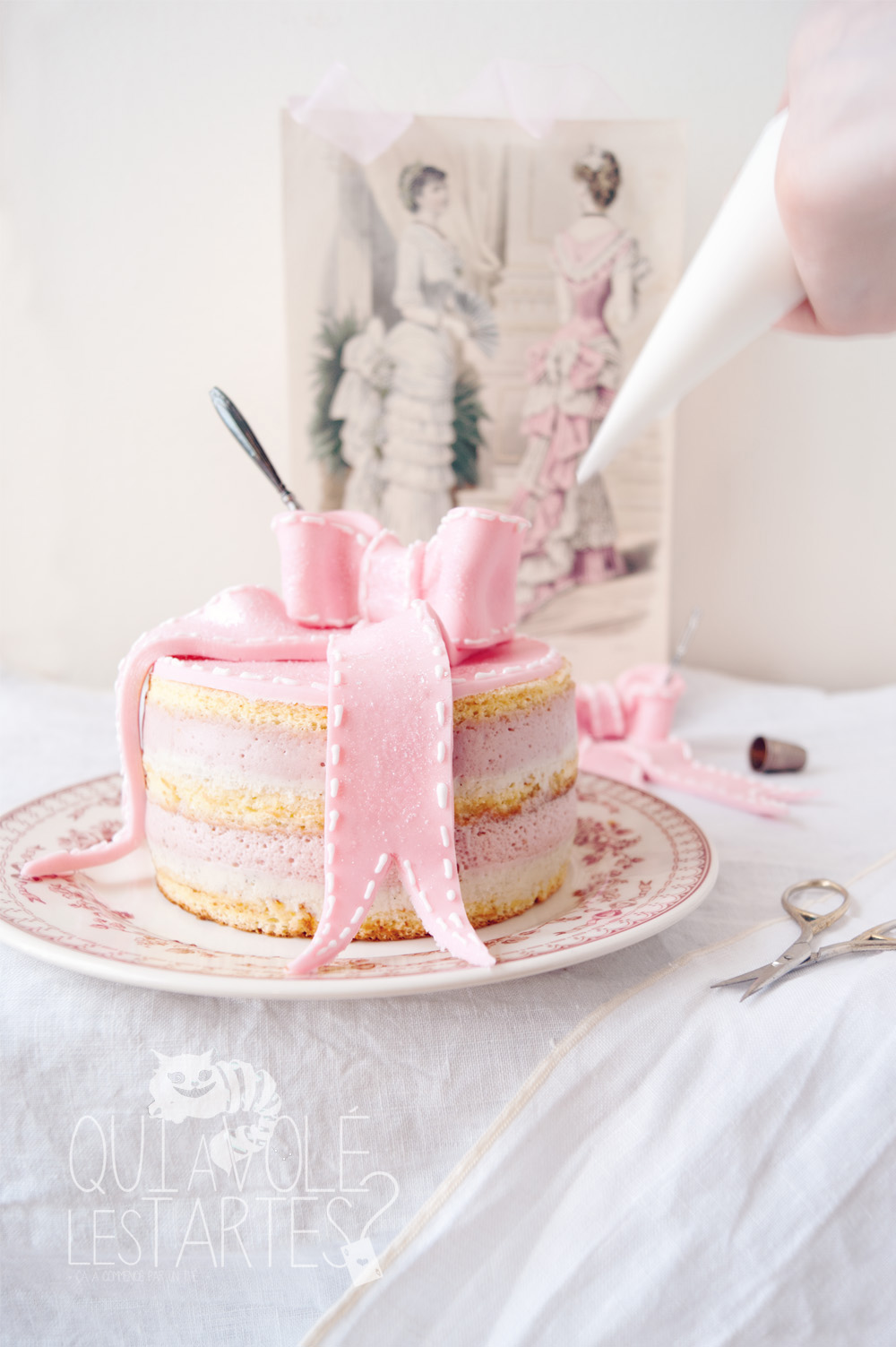Charlotte couture en layer cake 1 - studio de création - Qui a volé les tartes