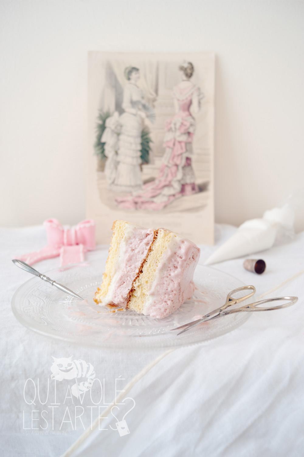 Charlotte couture en layer cake - studio de création - Qui a volé les tartes