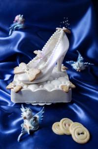 Gâteau Cendrillon - Cinderella cake ou La pantoufle de verre  ©Photographie et stylisme culinaire Qui a volé les tartes ?