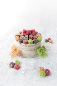 Candy Naked Cake ©Photographie et stylisme culinaire Qui a volé les tartes ?