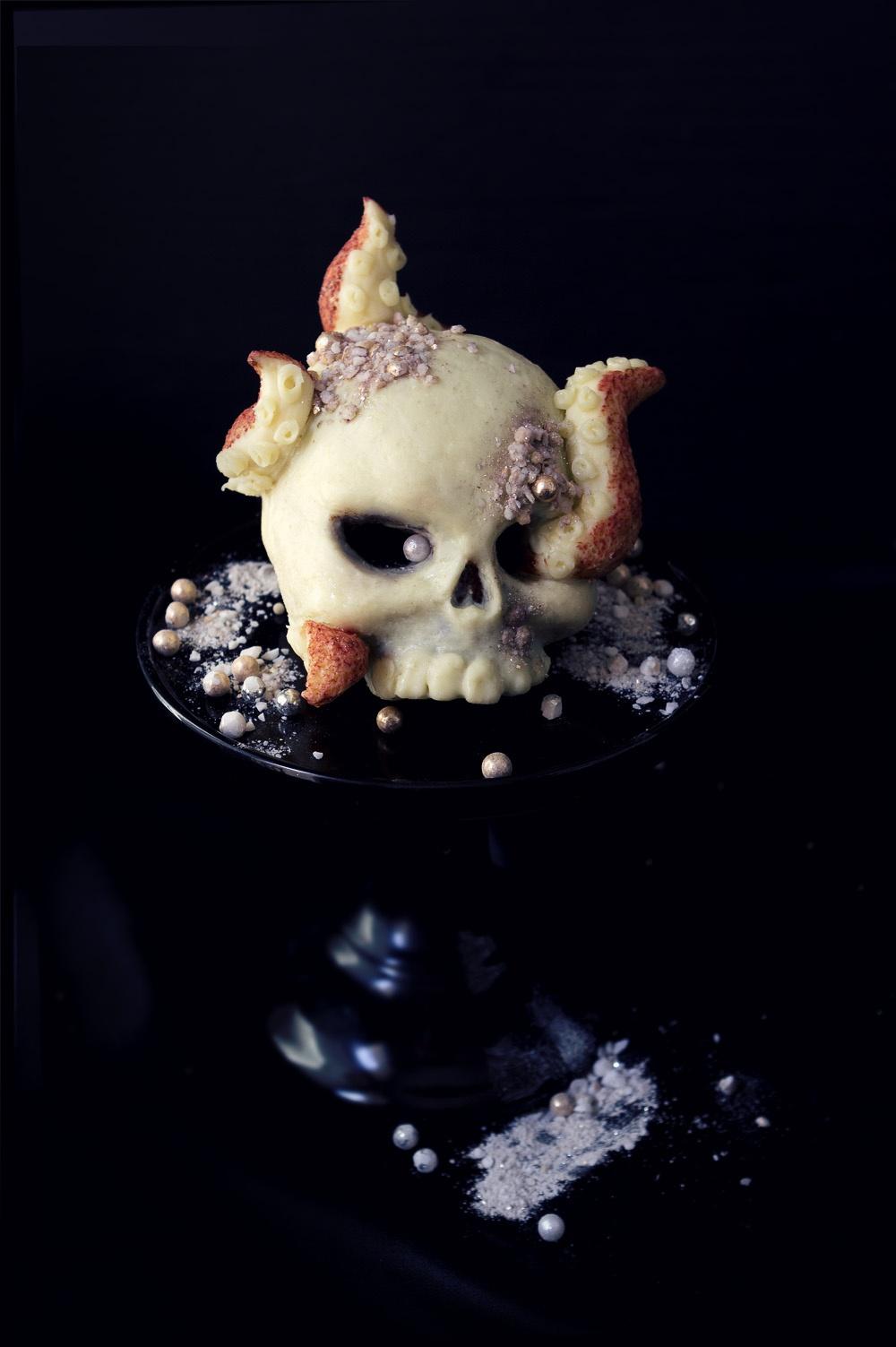 craken-skull-serie-vanite-studio-de-creation-qui-a-vole-les-tartes