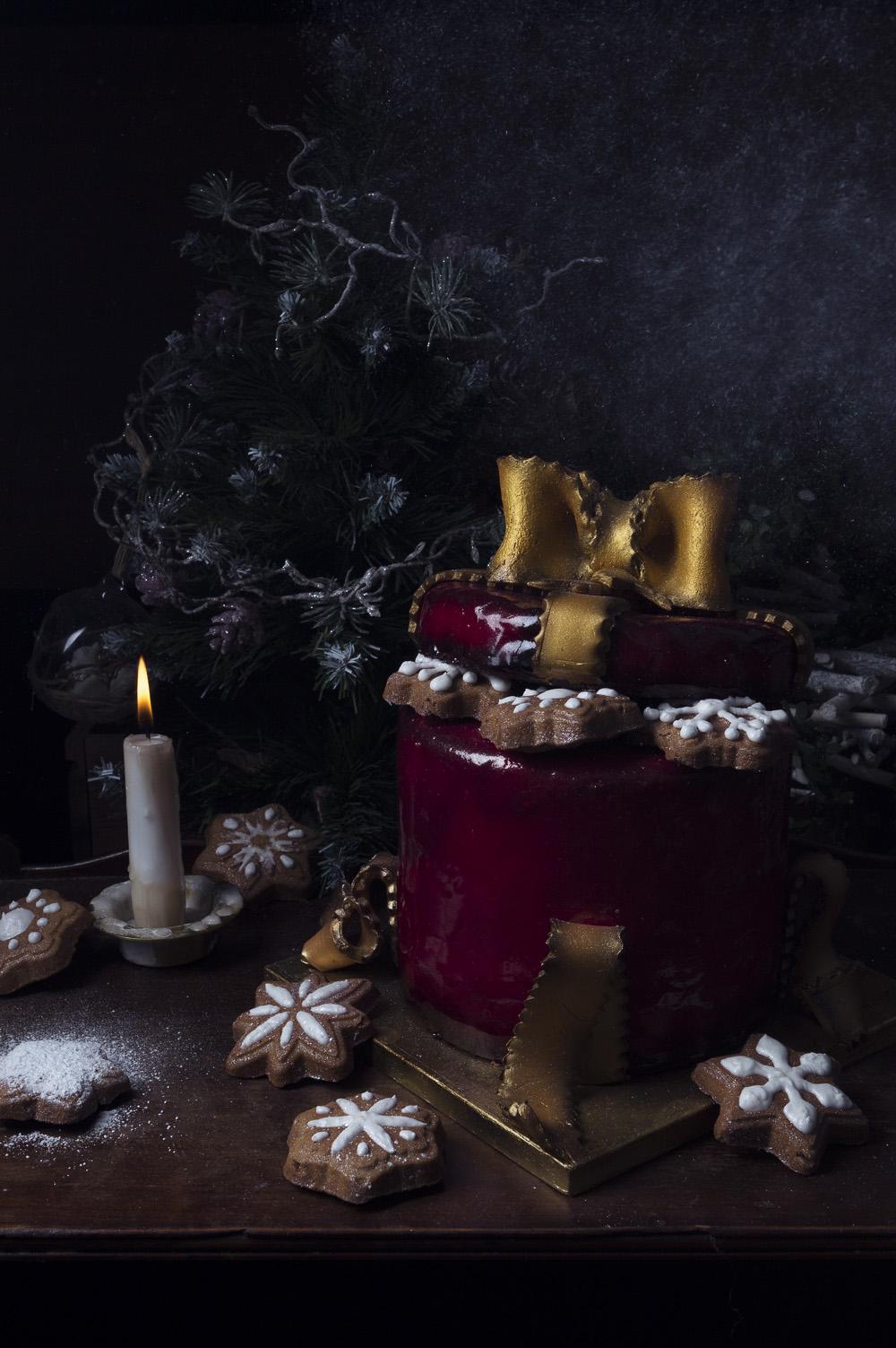 pinata-cake-le-gateau-cadeau-qui-a-vole-les-tartes-pour-feerie-cake-studio-de-creation
