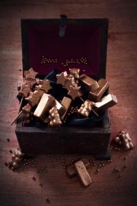 Le coffre aux trésors - fondants sans cuisson à la creme de marrons - concours By acb 4 you ©Photographie et stylisme culinaire Qui a volé les tartes ?
