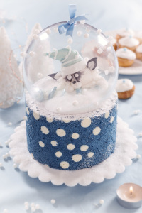 Boule de neige - studio de creation - qui a vole les tartes