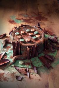 Le tronc et le jeu de dames - entremet gianduja, cookie dough, clémentine en trompe l'oeil  ©Photographie et stylisme culinaire Qui a volé les tartes ?
