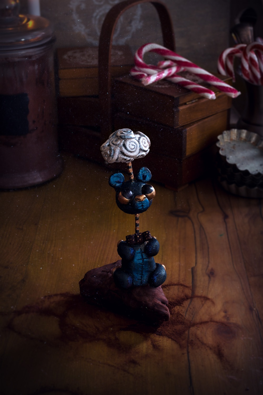la fabrique à jouets casses - studio de creation - Qui a vole les tartes (5)