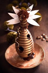 La reine des abeilles - Moulage de Pâques  ©Photographie et stylisme culinaire Qui a volé les tartes ?