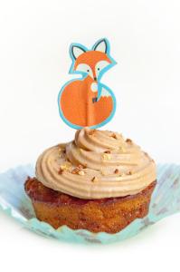 Carrot cake aux noisettes sans gluten avec sa crème fondante au praliné  © Création - Qui a volé les tartes © Stylisme - La Châteleine