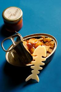 Compotée de pommes, Crème de Salidou®, Sablé breton à la fleur de sel © Création - Qui a volé les tartes © Stylisme - La Châteleine