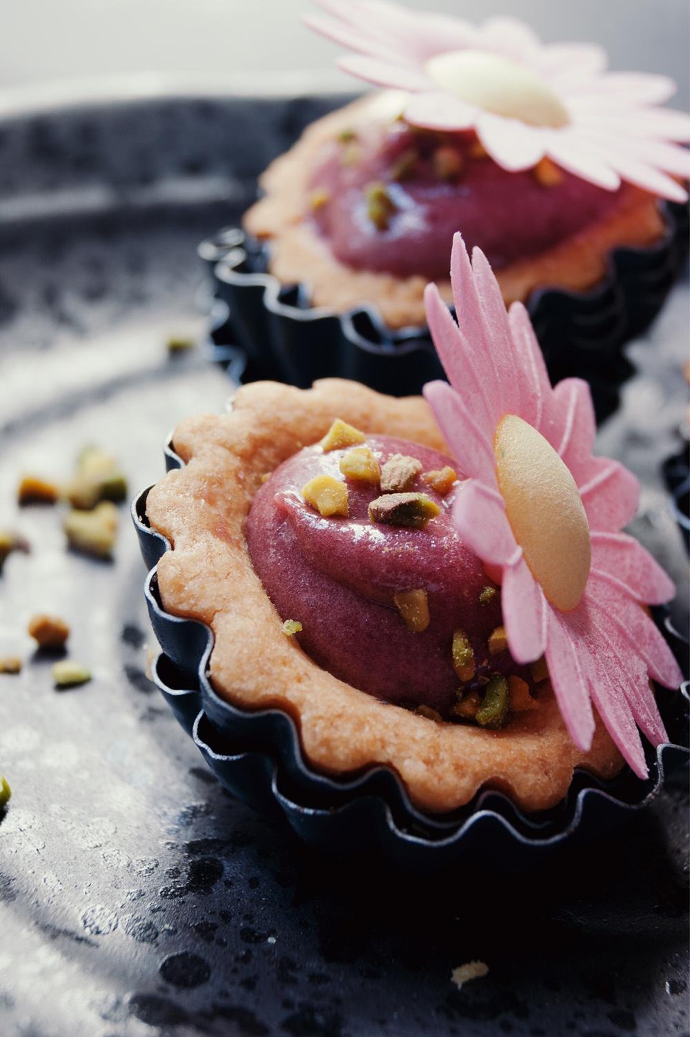 Tartelettes raspberry curd 3 - Qui a volé les tartes - Studio 2 création