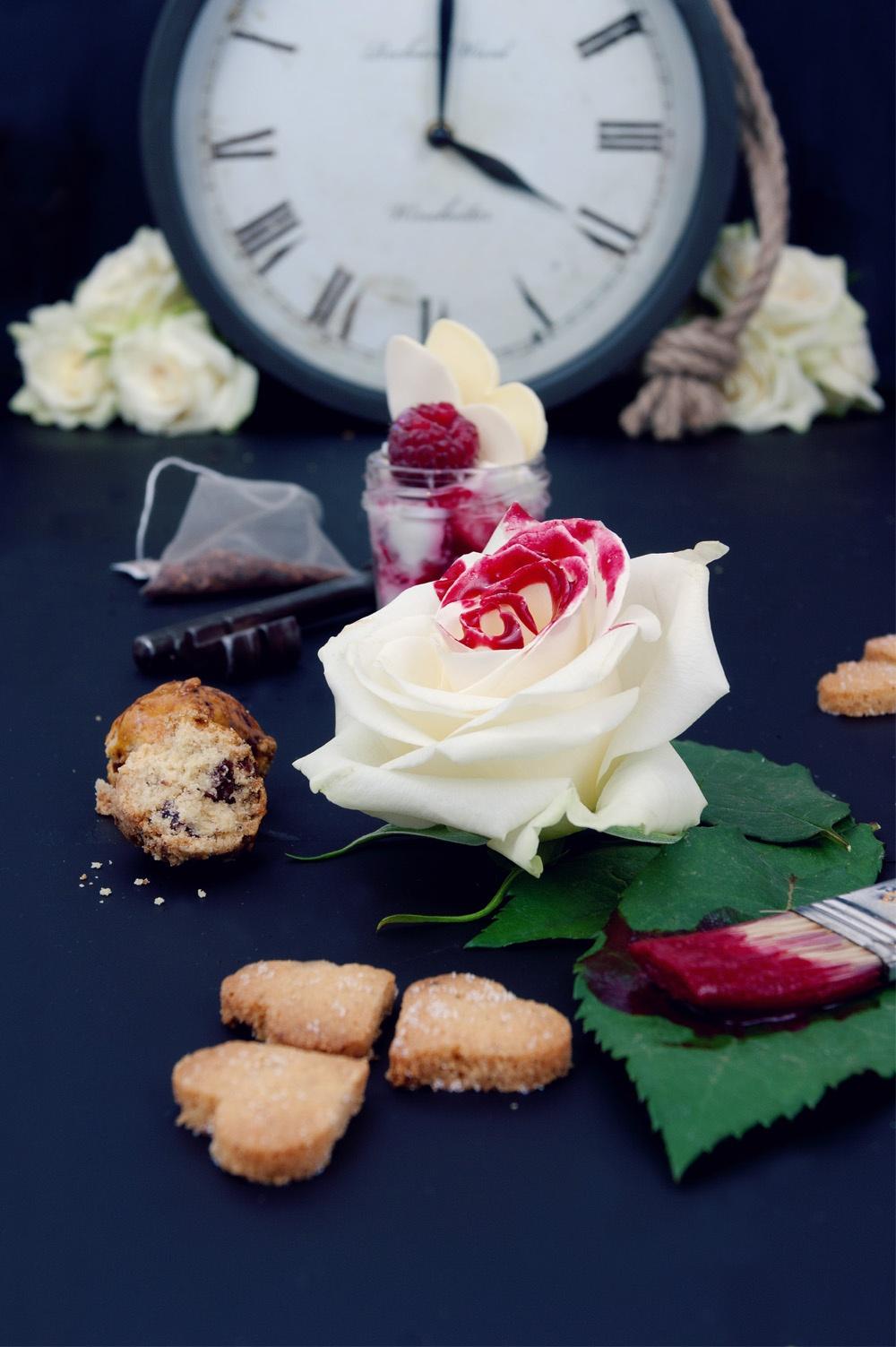 Tea Time in wonderland 2 - Qui a volé les tartes - Studio 2 création