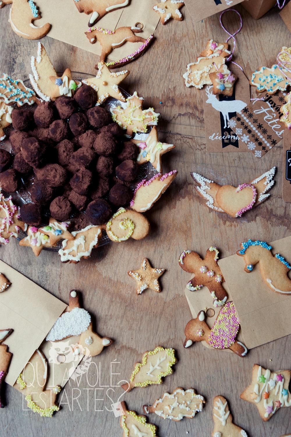 Cadeaux gourmands & couronne de Noel 4 - Studio 2 création - Qui a volé les tartes