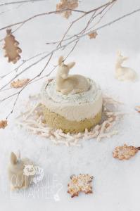 Charlotte thé matcha & yuzu sans gluten ©Photographie et stylisme culinaire Qui a volé les tartes ?