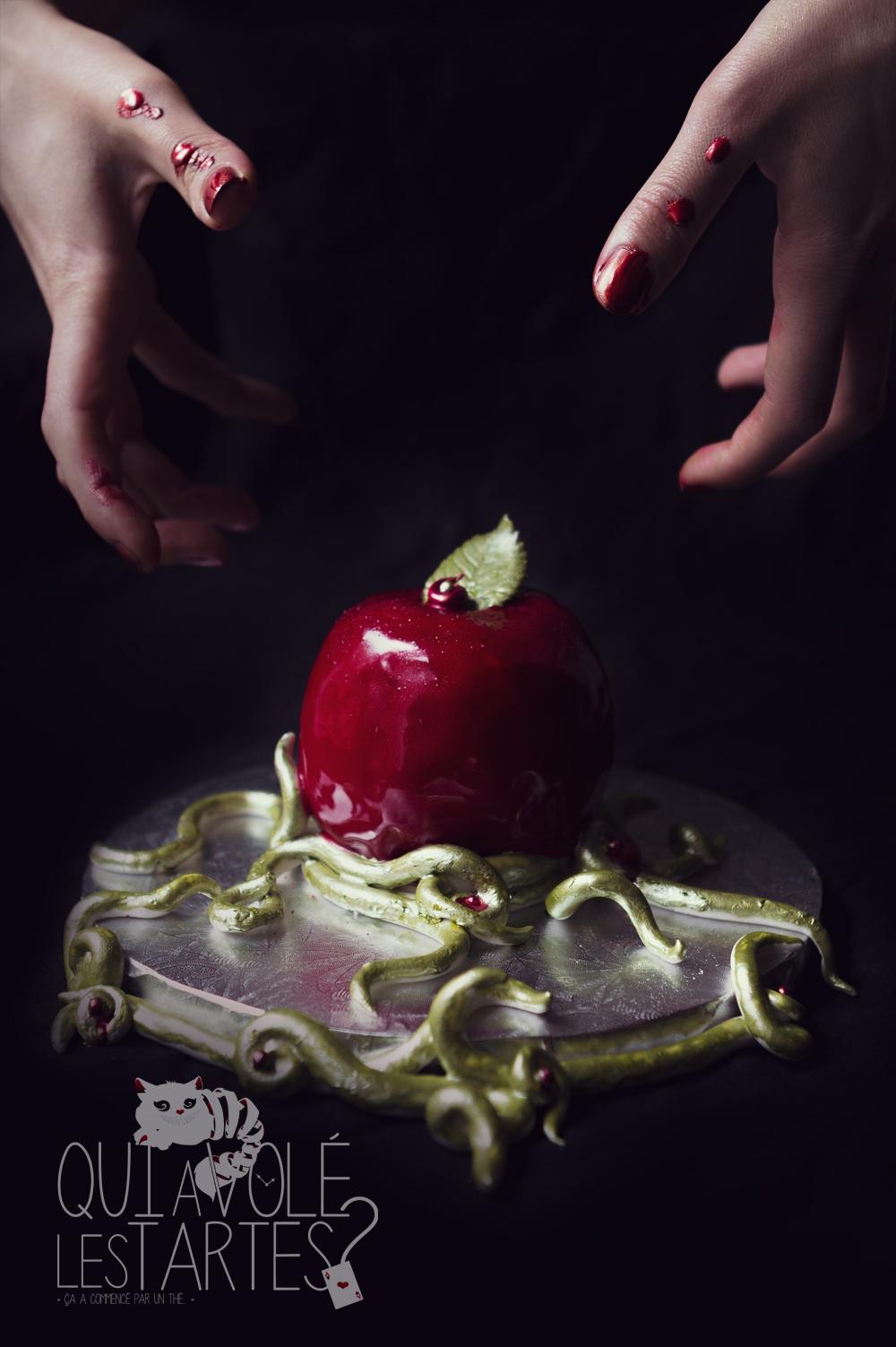 Pomme empoisonée de blanche-neige - Studio de création - Qui a vole les tartes