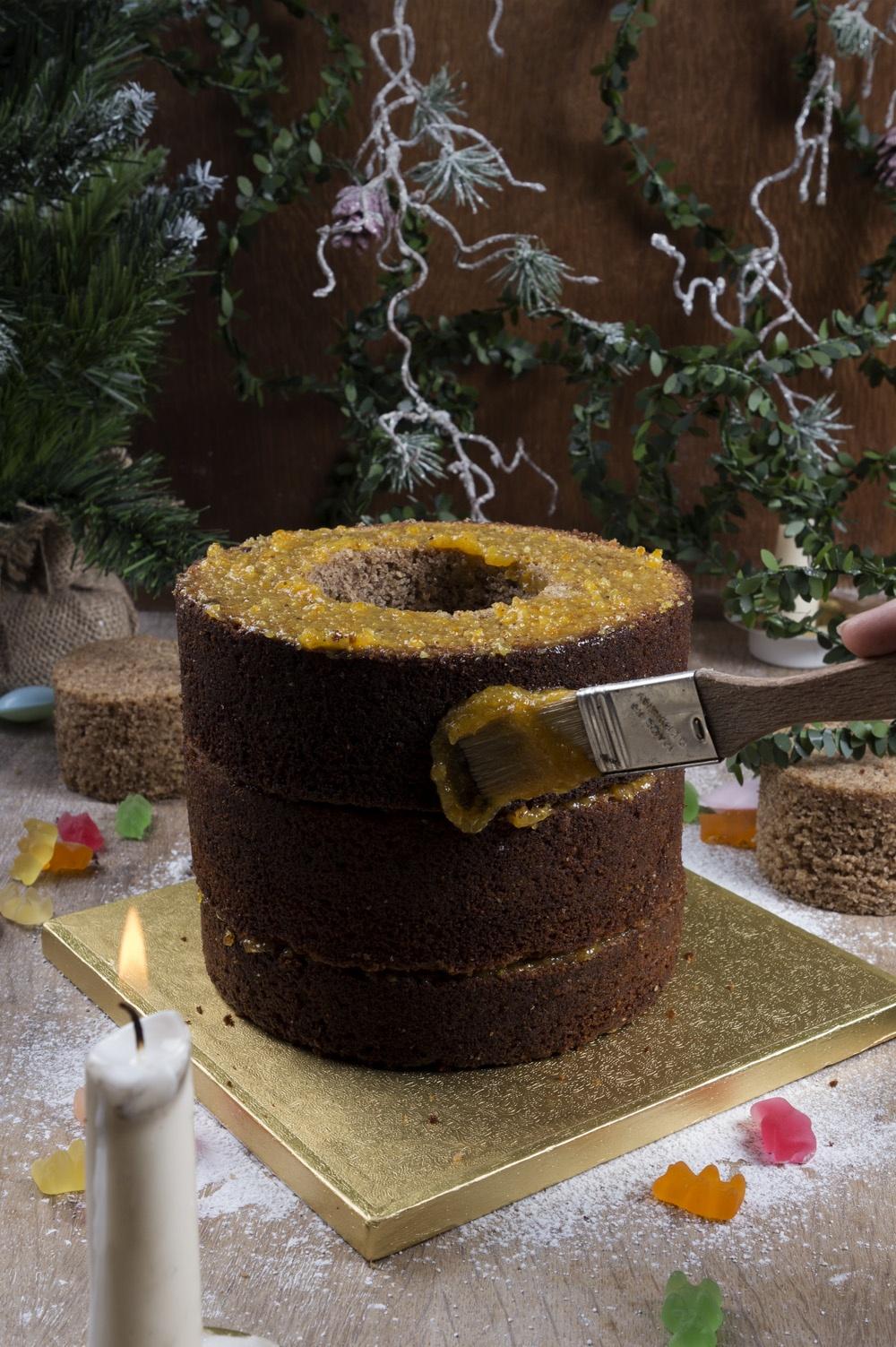 pinata-cake-montage-qui-a-vole-les-tartes-pour-feerie-cake-studio-de-creation-2