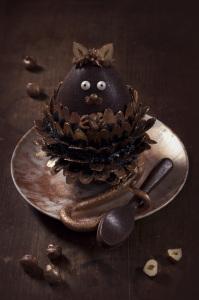 Complétement nut's - Oeuf de Pâques gianduja  ©Photographie et stylisme culinaire Qui a volé les tartes ?