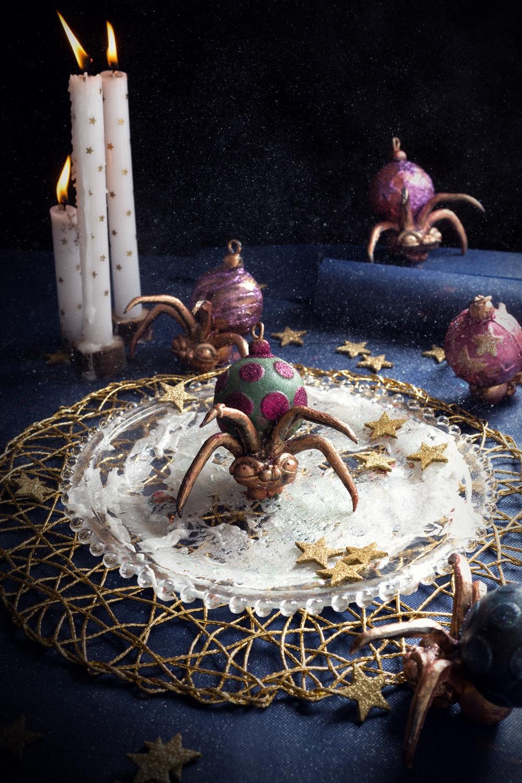 spooky spider and christmas wreath 2- studio de creation - Qui a vole les tartes